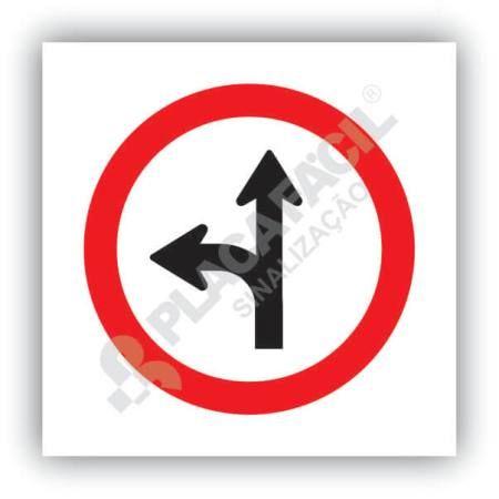 Placa Siga em Frente ou a Esquerda