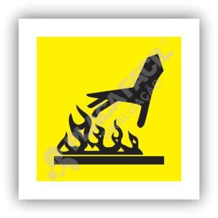 placa de sinalização cuidado superfície quente